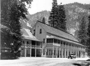 Sentinel Hote Yosemite 1920