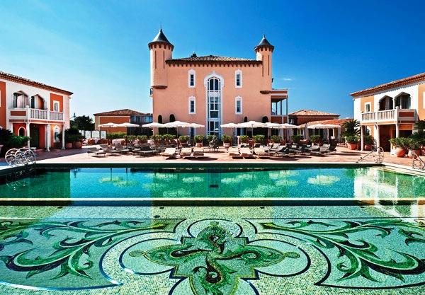 Chateau De La Messardiere pool