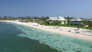 old-bahama-bay-resort beach