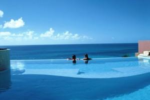 The Reefs infinity pool