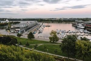 Auberge du Vieux-Port exterior view