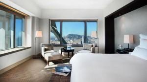 Hotel Arts deluxe room