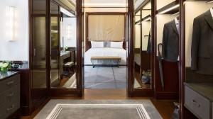 Peninsula Paris Hotel deluxe suite dressing room