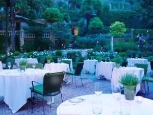 Rocco Forte Hotel de Russie outdoor restaurant