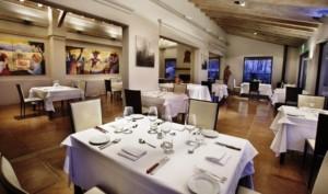 Posada Salentein diniing room