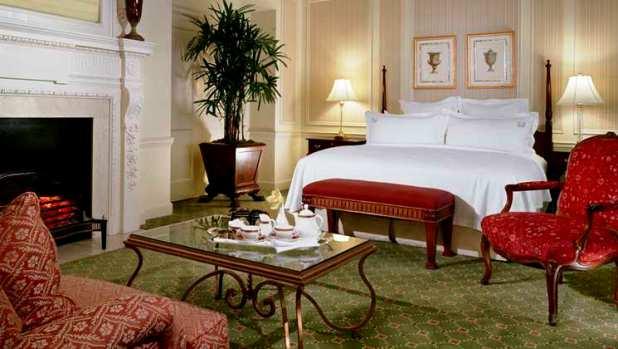 Waldorf Astoria guest room