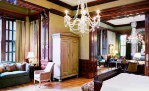 Wentworth Mansion grand mansion suite