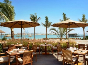 Sofitel The Palm outdoor dining
