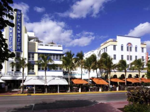 miami beach art deco esplendor hotel breakwater