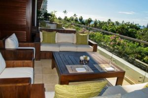 Jet Luxury at The Trump Waikiki Terrace patio