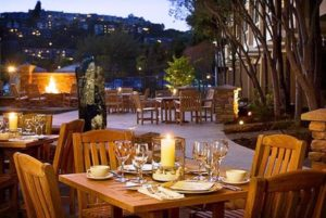 The Lodge at Tiburon outdoor dining