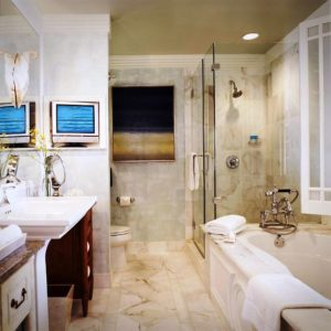 Hotel Casa Del Mar guestroom bathrooms