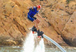 Flyboarding-in-Cabo_1-650x450