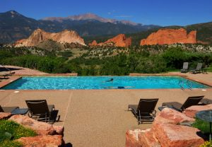Garden-of-the-Gods-Club-and-Resort-pool
