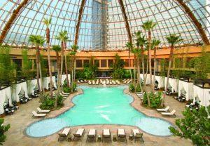 Harrahs-Atlantic-City-pool