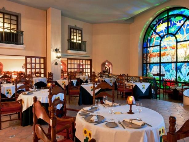 Fiesta americana condesa cancun mexico etraveltrips blog for Americana cuisine