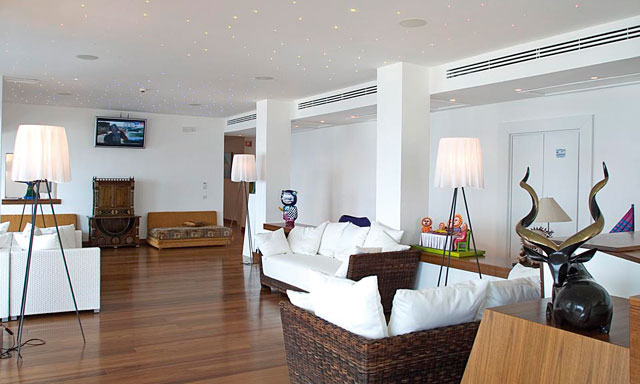 casa angelina lifestyle hotel italy etraveltrips blog. Black Bedroom Furniture Sets. Home Design Ideas