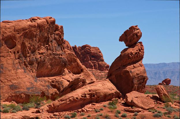 Valley of fire state park balanced rock
