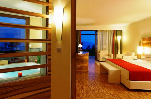 Lefay Resort guest room
