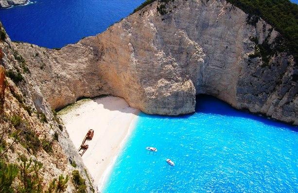 Navagio_Beach_Zakynthos_Greece