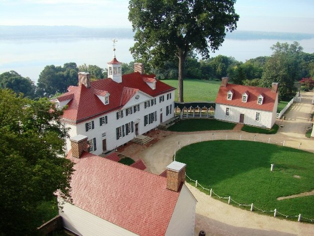 Home of George Washington in Mount Vernon arial