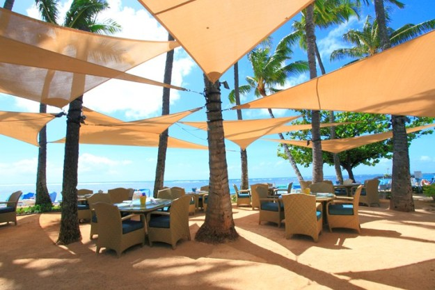 The Kahala Hotel beach dining