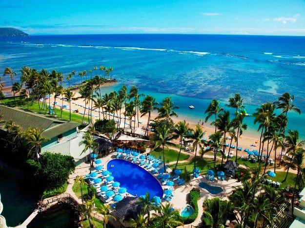 The Kahala Hotel pool