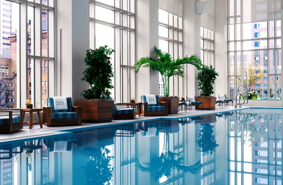 The Peninsula Chicago Pool