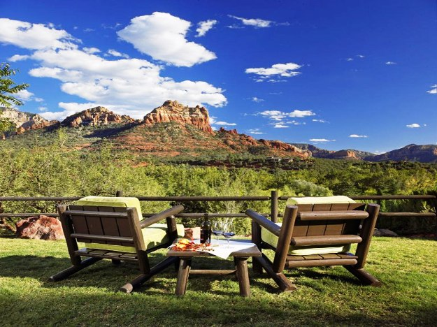 L`Auberge De Sedona Arizona mountain views