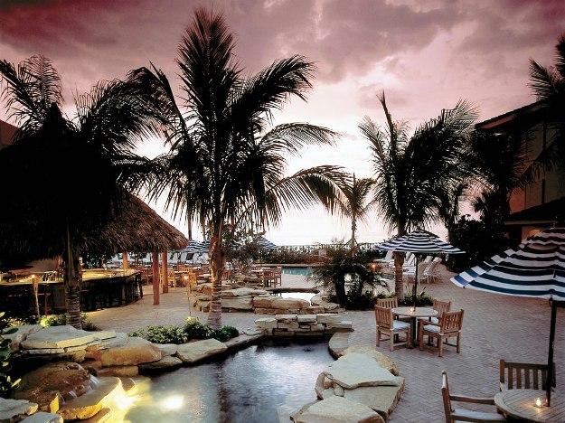 Laplaya beach golf resort pool