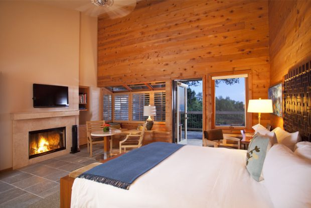 Ventana Inn guest rooms