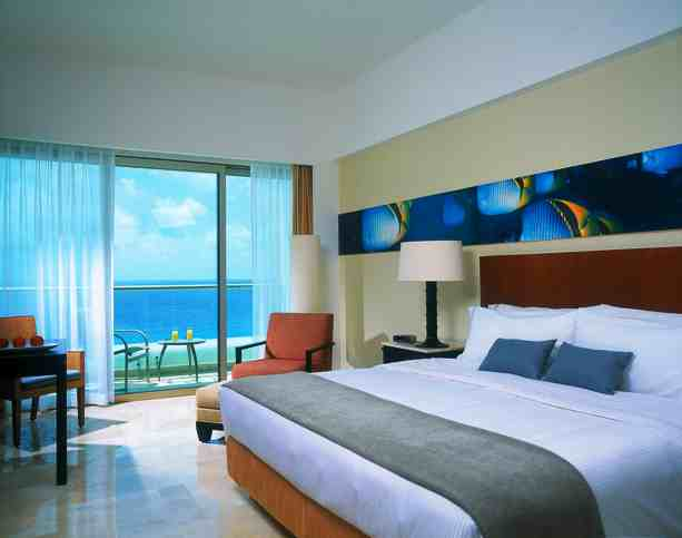 Live Aqua Cancun guest rooms