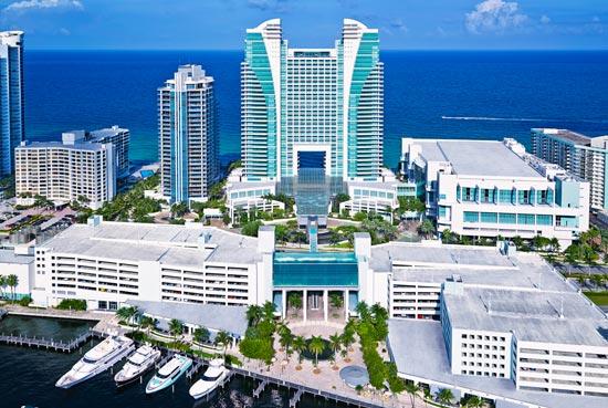 Diplomat Resort exterior