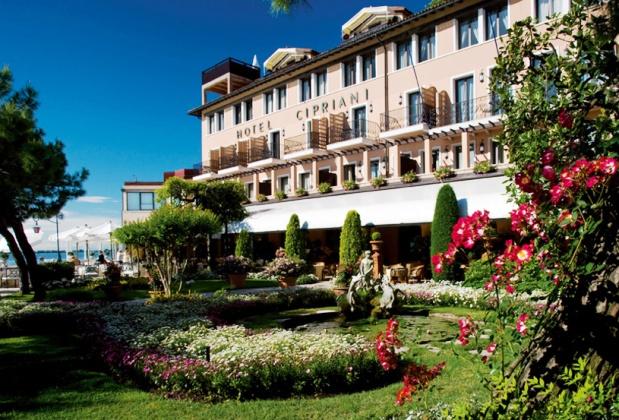 Hotel Cipriani exterior