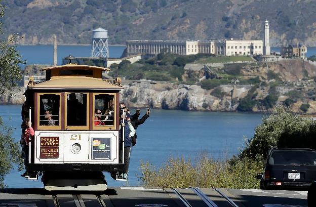 San Francisco Trolleys and Alcatraz