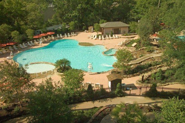 houstonian-hotel-pool 1
