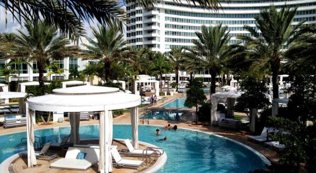 Fontainebleau Miami Beach Pool