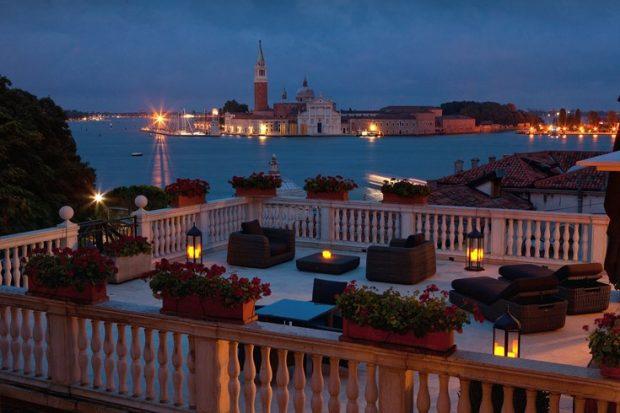 Luna Hotel Baglioni terrace