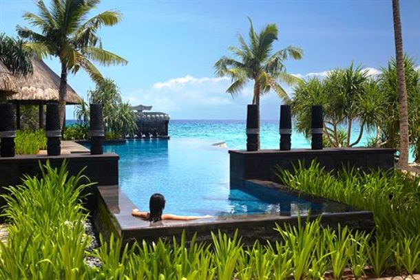 Shangri-La Boracay Resort & Spa pool