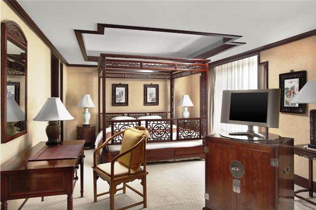 Sheraton Shanghai Hongqiao Hotel guest room