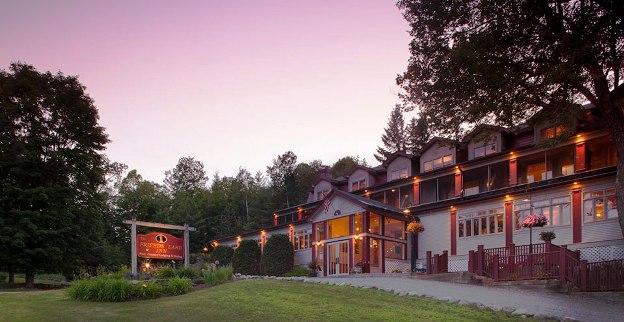 The Friends Lake Inn exterior