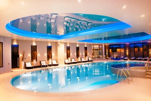 nearest hotel pool aga - 1000×666