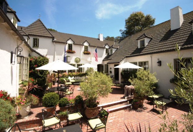 L'Auberge Carmel courtyardview