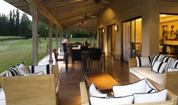 Posada Salentein outdoor dining