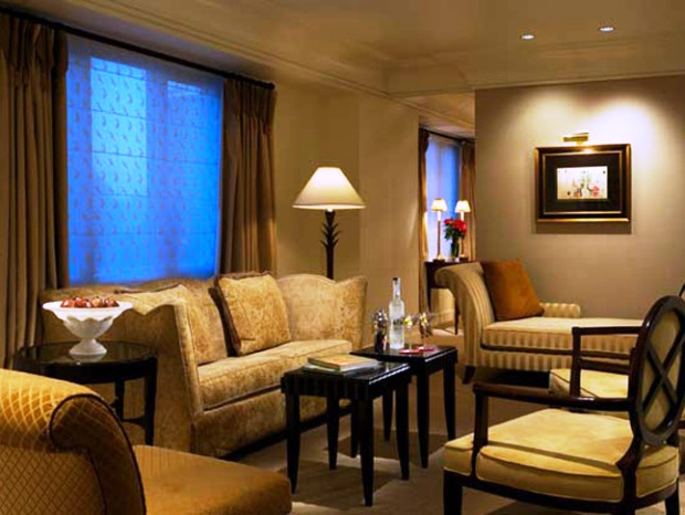 Taj Campton Place luxury Suite