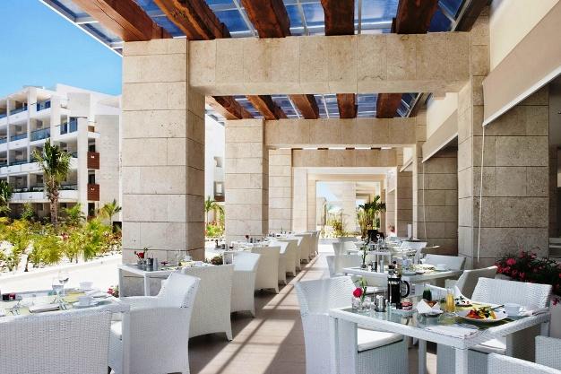 The Beloved Hotel Aroma restaurant terrace