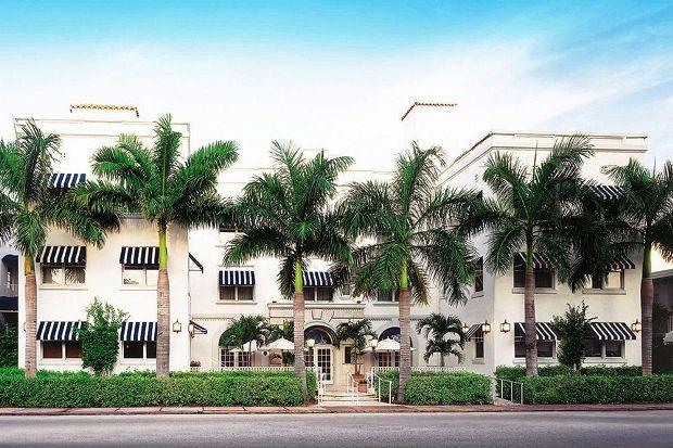 Blue Moon Hotel, exterior