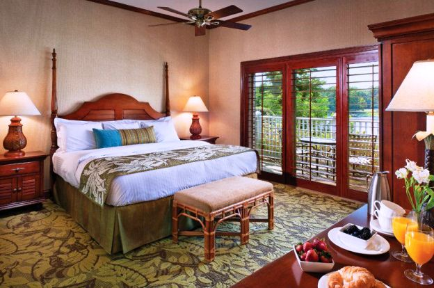 The Tides Inn guest room