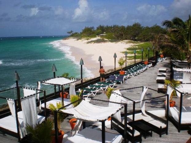 Silver Point Hotel sun deck