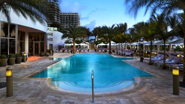 The Ritz-Carlton Bal Harbour Pool